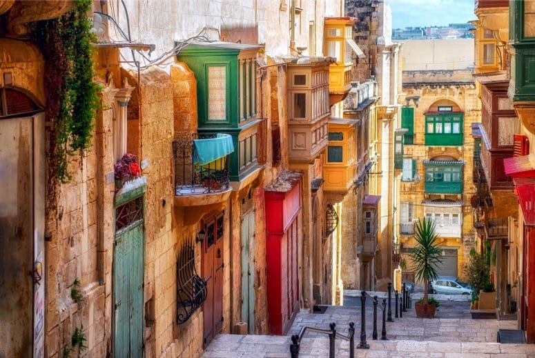 Move To Valletta – 13 Reasons Why
